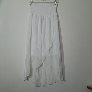 CLOSING NWOT White Skirt